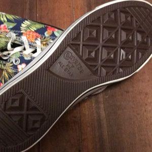 82a72ab53c176e Converse Shoes - Tropical 🌺 Hawaiian 🍍 print high converse shoes
